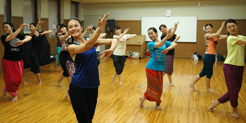 bollywood-dance-japan