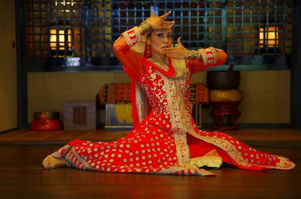 bollywood dance prakruti